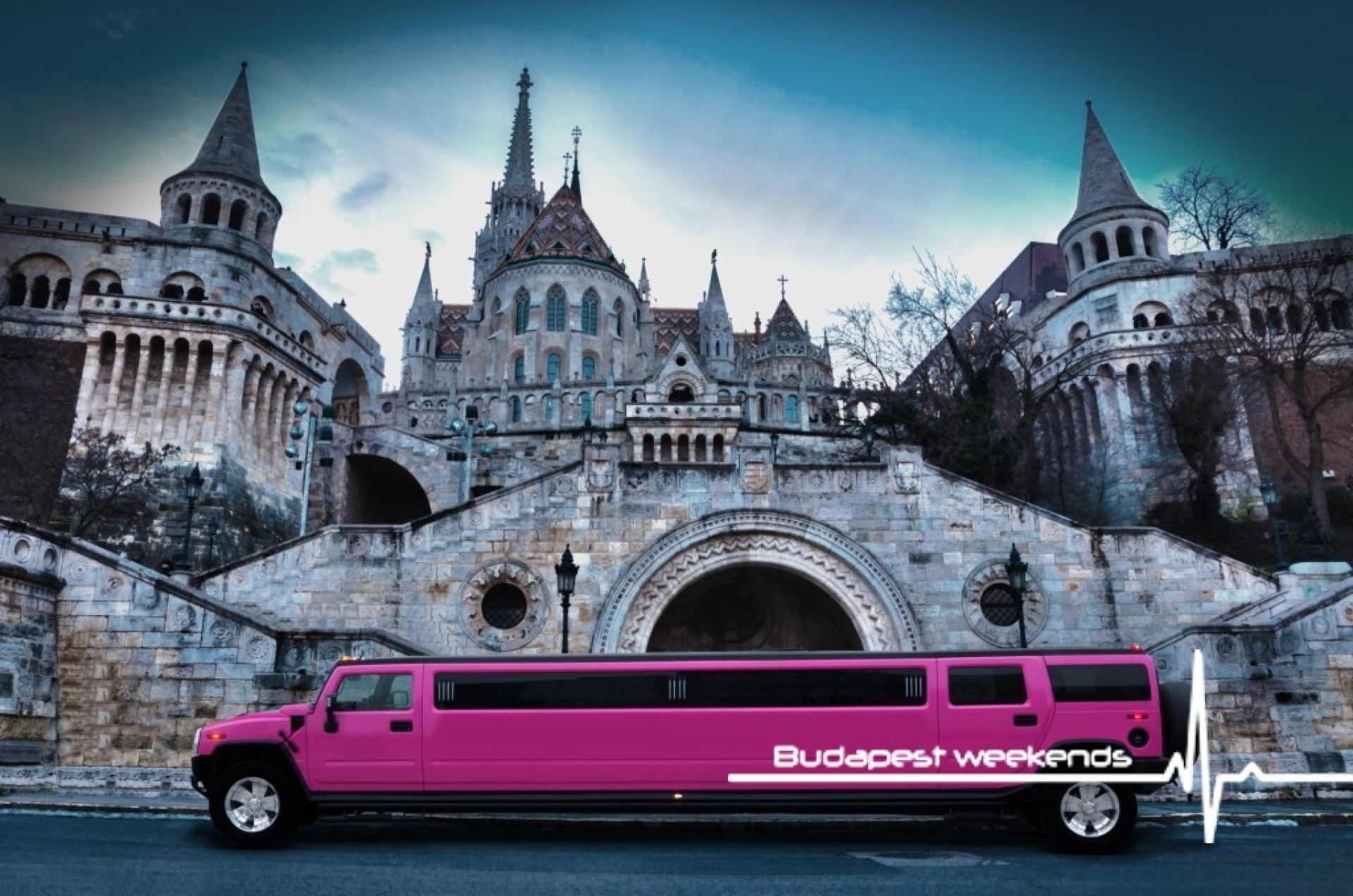 budapest pink hummer limo for hen parties
