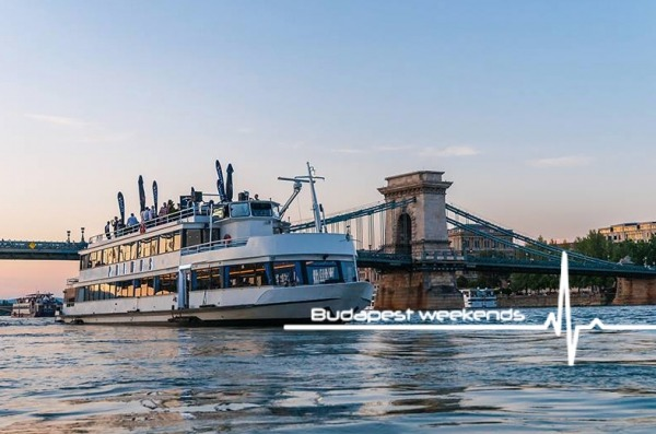 budapest ship tour private strip show ship ride boat party